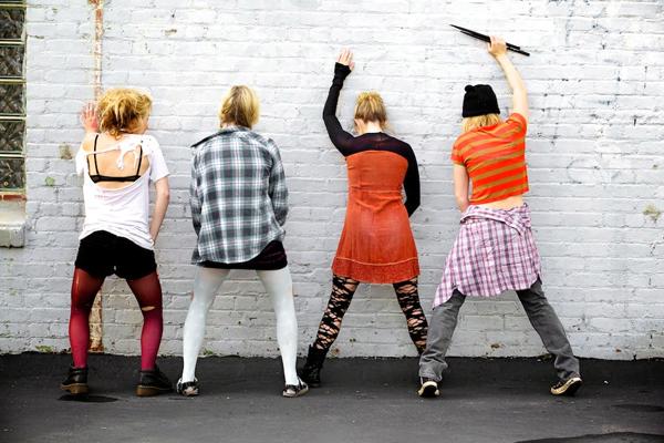 2011-06-21-girlband2